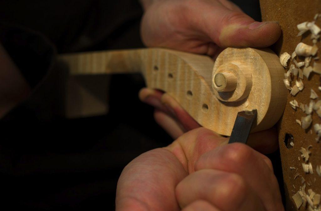 14-taille-tete-nicolas-gilles-luthier-montpellier-villeneuvette-france