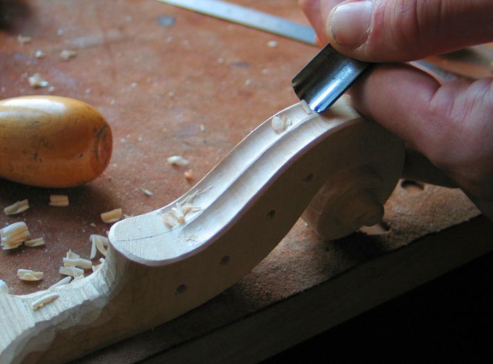 15-taille-coulisse-nicolas-gilles-luthier-montpellier-villeneuvette-france