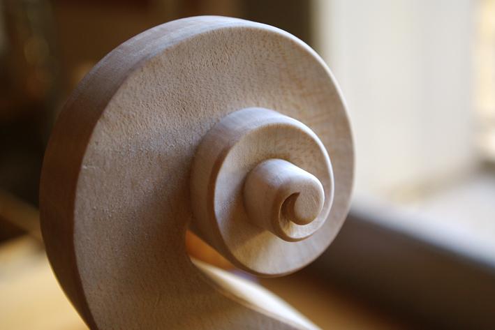 17-tete-cello-nicolas-gilles-luthier-montpellier-villeneuvette-france