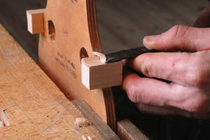 5-Cutting the corner blocks-nicolas-gilles-violin-maker-montpellier-villeneuvette-france