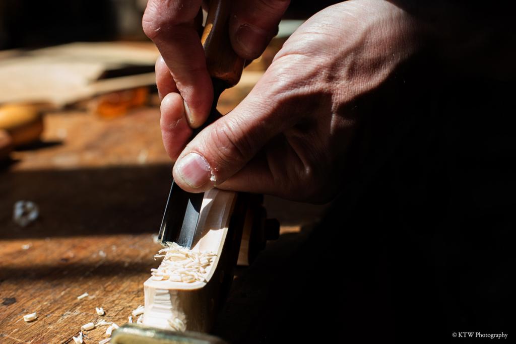 nicolas-gilles-luthier-montpellier-villeneuvette-france-banniere-4