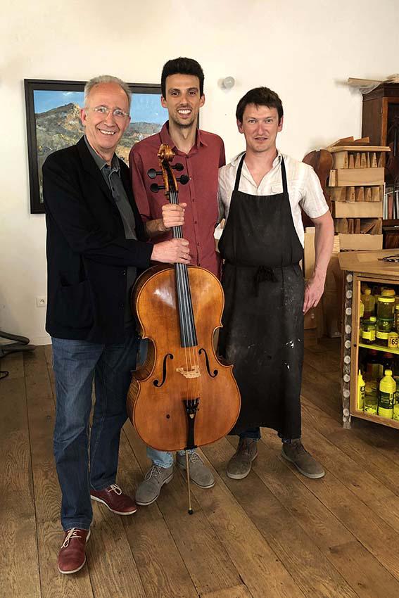 Lluis Claret et Daniel Claret Mora, violoncellistes, Barcelona, Catalogne. Boston, USA.
