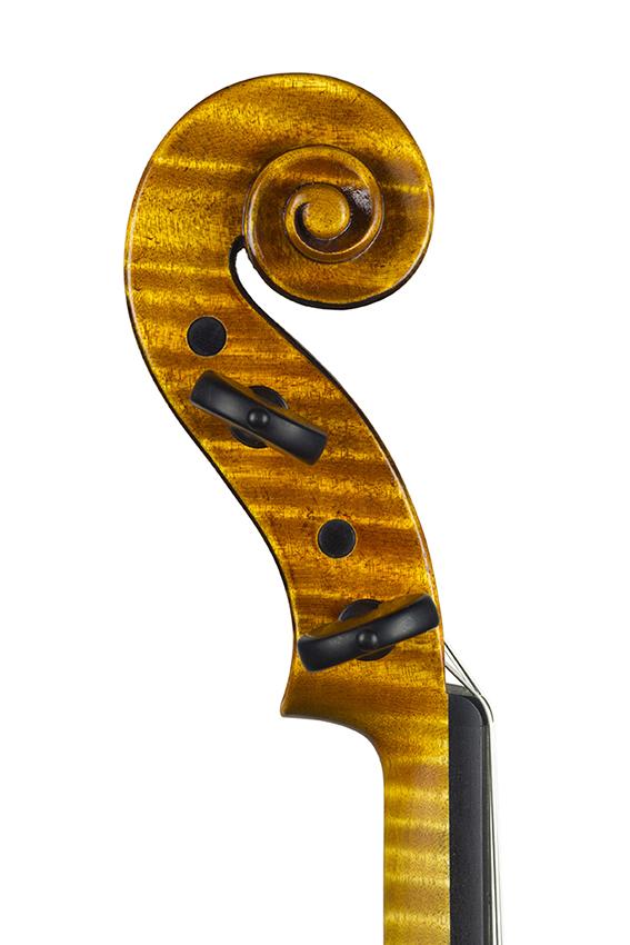 """Violon 2018, d'après le """"violon du diable"""" de Giuseppe Guarneri Del Gesù 1734."""