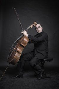 Jose Mor, Violoncelliste solo OBC Orchestre, Catalogne, Barcelone.