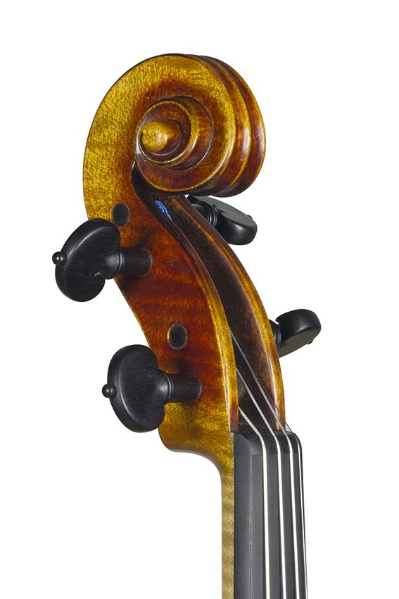 Nicolas Gilles 2020 violon du diable tete face 3 4