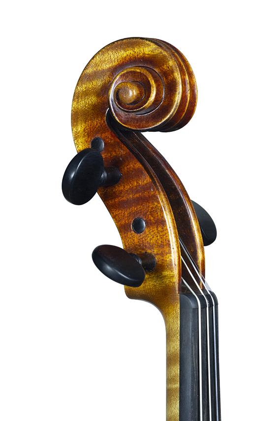 violon nicolas gilles avril 2021 tete face G 3 4